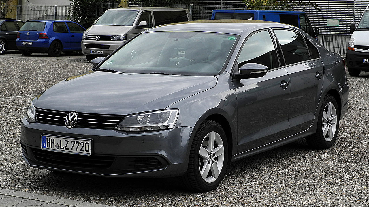 """VW Jetta 1.6 TDI Comfortline (VI) – Frontansicht, 2. Juli 2011, Ratingen"" by M 93 - Own work. Licensed under CC BY-SA 3.0 de via Commons."