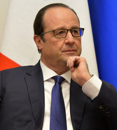 """""""Francois Hollande and Vladimir Putin, Moscow 6 dec 2014 - 05-cropped"""" by Kremlin.ru. Licensed under CC BY 3.0 via Commons."""